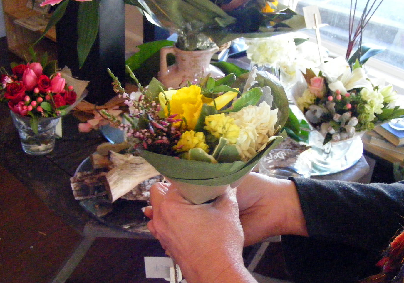 Studiorosa bookshop florist gifts brisbane if you are on a budget there are beautiful little bouquets from 6 dhlflorist Choice Image