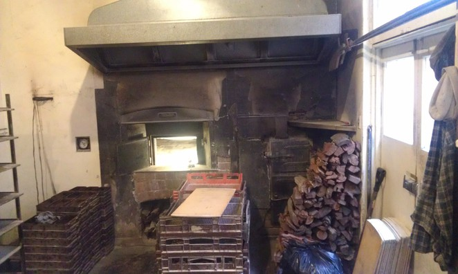 Wood-fired bread oven
