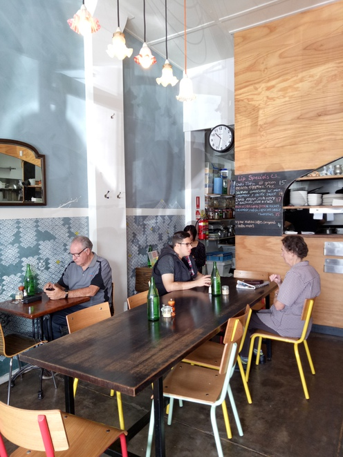 Cafe, local cafe, Ivanhoe, waterdale road, tea, coffee, retro cafe, lunch, breakfast