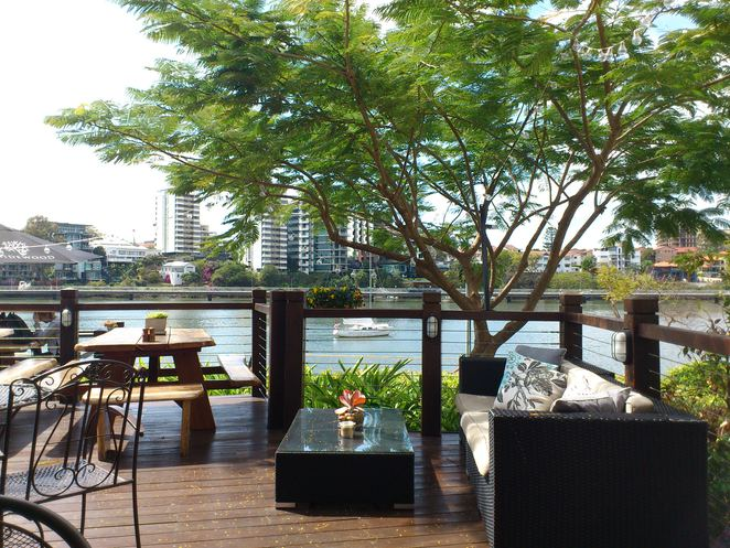 medley cafe and restaurant, medley cafe, medley restaurant, brisbane restaurants on the river, riverside dining brisbane, restaurants with a view brisbane
