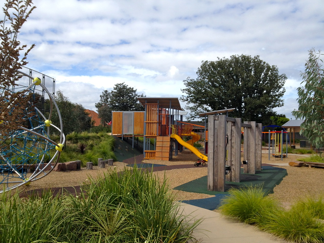 Murrumbeena Playground, Murrumbeena Reserve, Murrumbeena Park, Kangaroos Road, Playground, Murrumbeena Football Club, Outdoors, Fun for Kids, Glen Eira, Play
