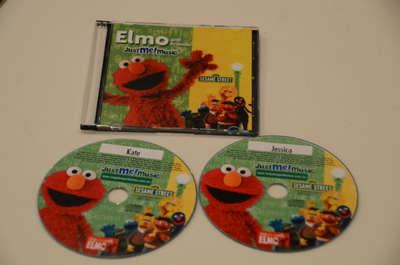 Sing Along With Elmo, Elmo