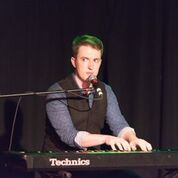 SOUND HuMAN - Musical Comedy by Bryce Halliday Musical Comedy, Fringe Comedy Festival, comedy, award winning cabaret, Bryce Halliday, live performance, live show, live comic musical,