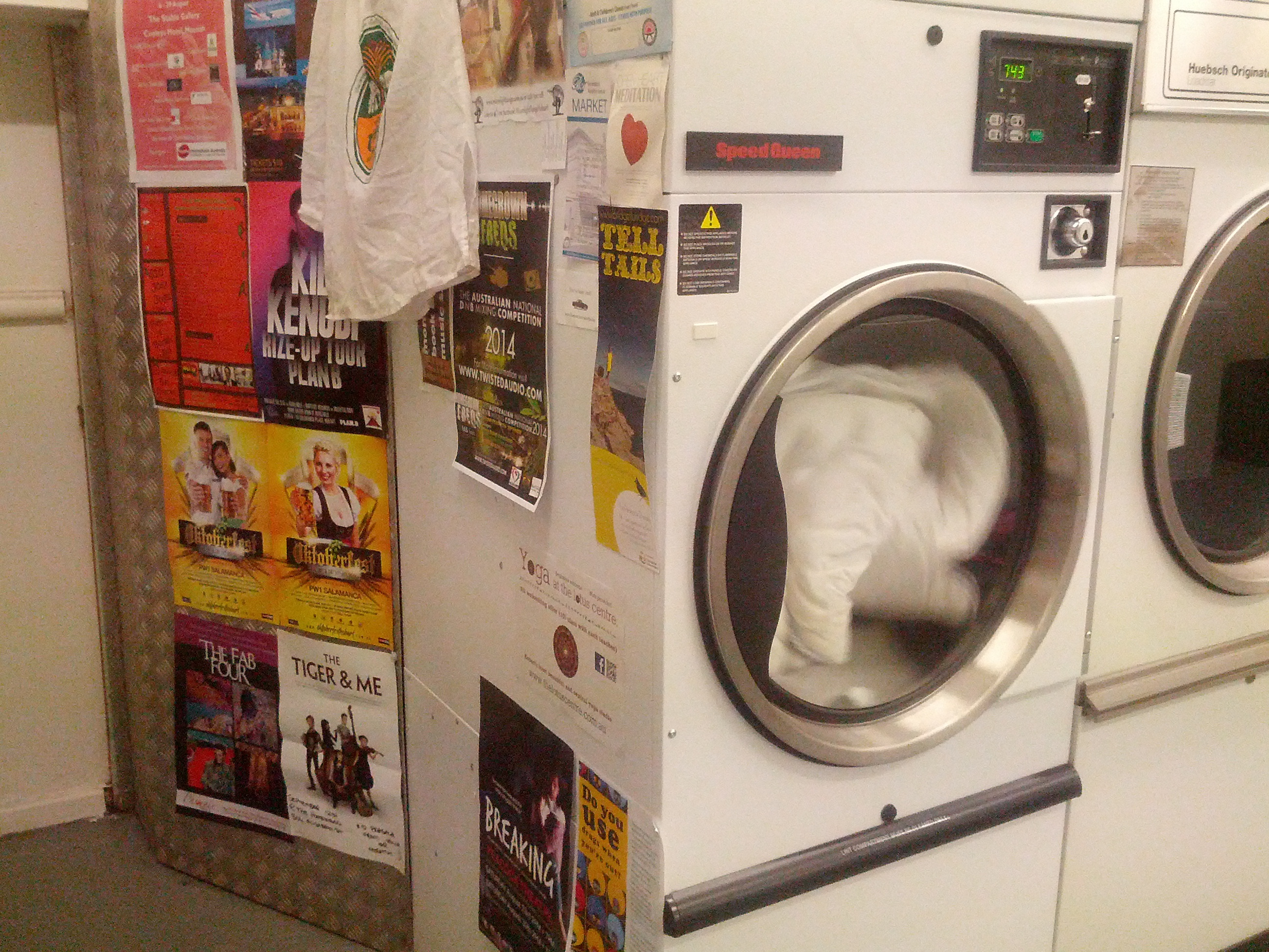 How to change your life at the laundromat everywhere large image solutioingenieria Choice Image