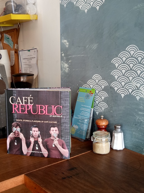 Cafe, waterdale road, Ivanhoe, local cafe, retro cafe, tea, coffee, lunch