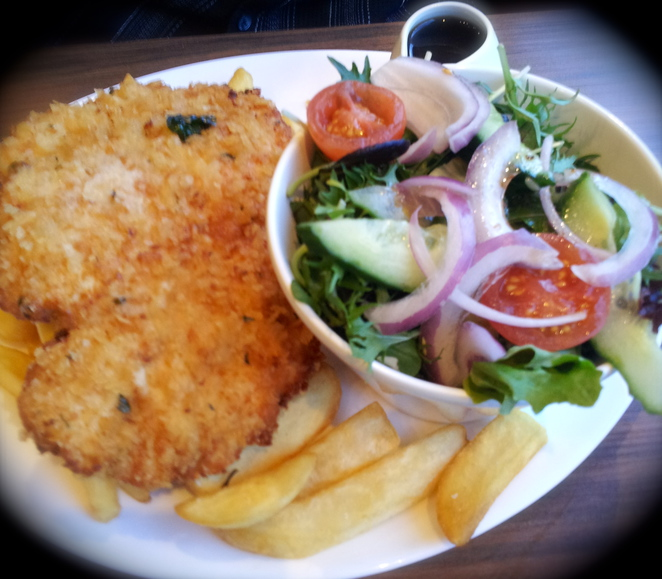 chicken schnitzel, the australian brewery, hotel, delicious, food, nice, western sydney, huge meal, yummy, chicken, crumbs, pub, dinner, lunch, chips, plain