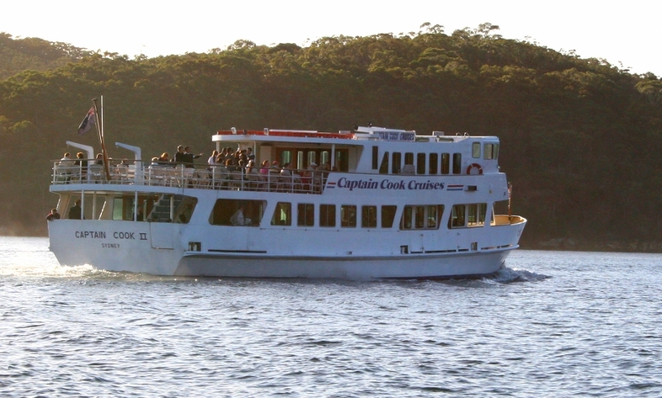 coffee boat, garry white, middle harbour, icecream, drinks, captain cook cruise, sightseeing