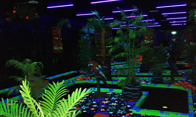 jungle mini golf, mini golf, putt putt, canberra, ACT, school holidays, families, kids, what to do,