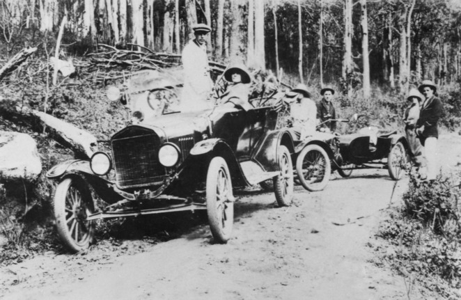 on Mt Glorious Road 1924, State Library of Qld