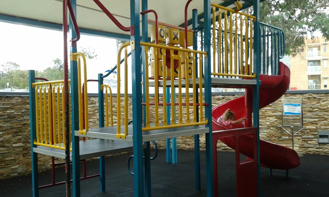 southern cross club, jamison, playground, indoor playground, belconnen, canberra, ACT, parks, playgrounds