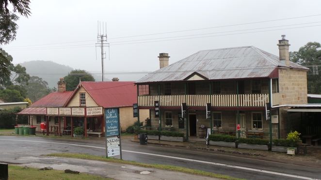 Wollombi town centre
