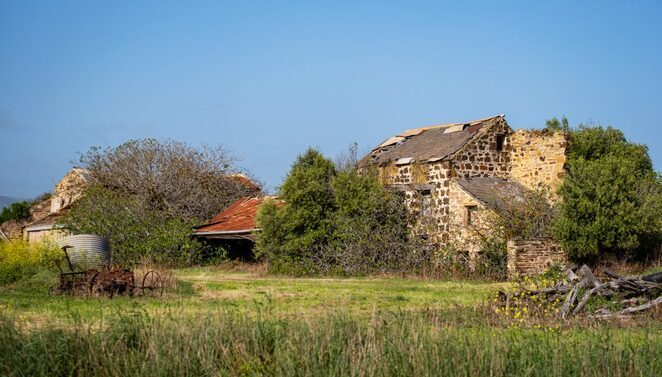 House constructed from stone salvaged from the flour mill chimney - Image Onkaparinga Now