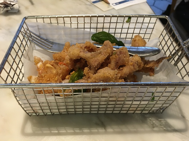 yum cha sheung wan central Des Voeux Road nan fung salt pepper squid