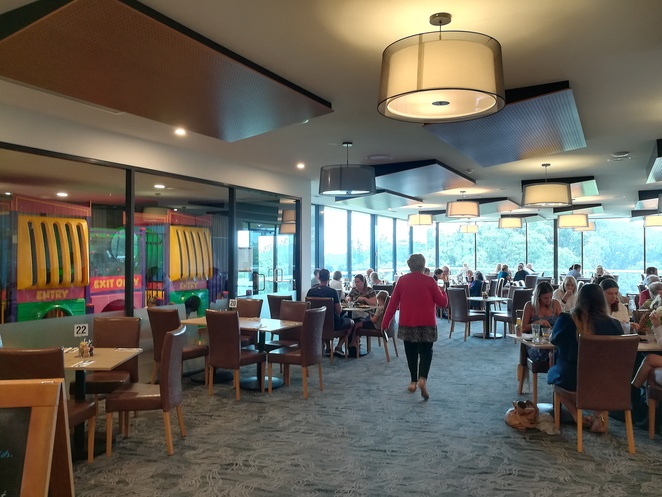 bluewater grill, nelson bay golf club, NSW, port stephens, golf courses, clubhouse, lunch, dinner, kids, kids playground, activities, nightlife, golf,