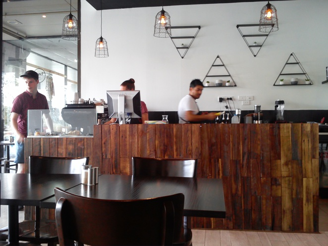 cafe, local cafe, two young boys, coffee, lunch, drinks, ice coffee, modern cafe, greensborough,