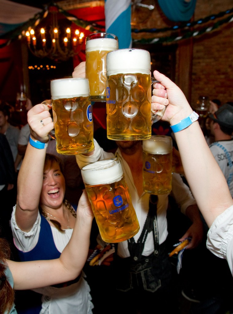 celebrate oktoberfest at bavarian bier caf233 and l246wenbr228u