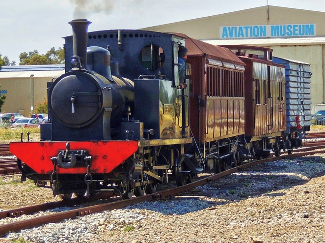 free things to do in adelaide, fun things to do, in adelaide, school holidays, adelaide kids, what to do in adelaide, activities for kids, free events, family entertainment, steam engine