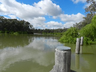 Murray River, Torrumbarry, Weir,