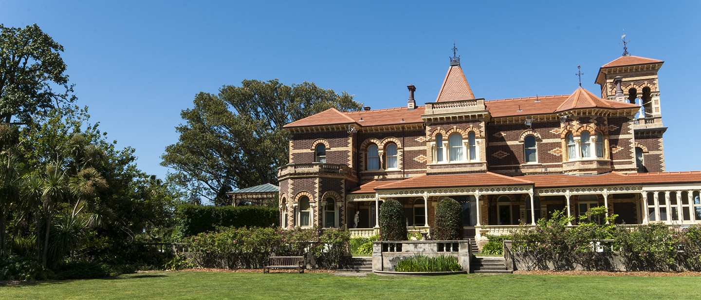Easter fun day at rippon lea house and gardens melbourne rippon lea house and gardens elsternwick negle Images