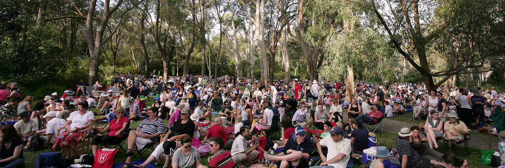 2016 summer sounds concert series canberra for Botanical gardens concert series