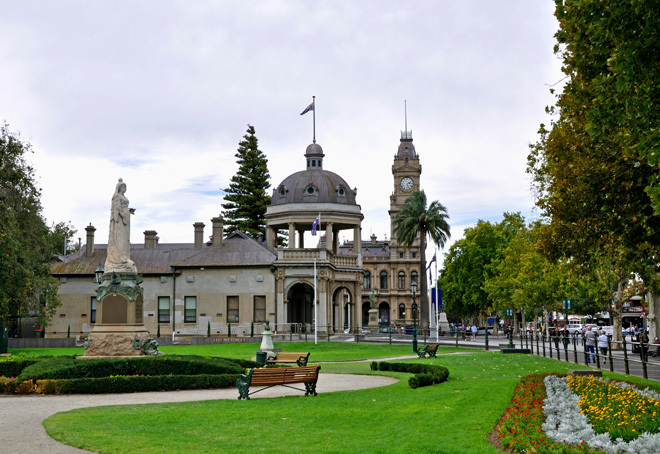 Victoria Melbourne Bdndigo Central Goldfields Food Wine History Heritage
