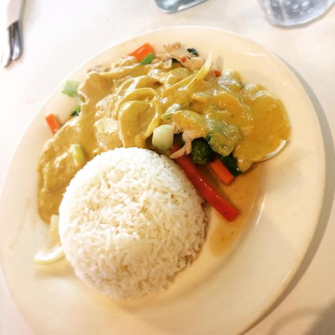 about, rice, noodle, malaysian, thai, restaurant, montgomery, kogarah, south-east asian, cuisine, peanut, chicken, stir-fry