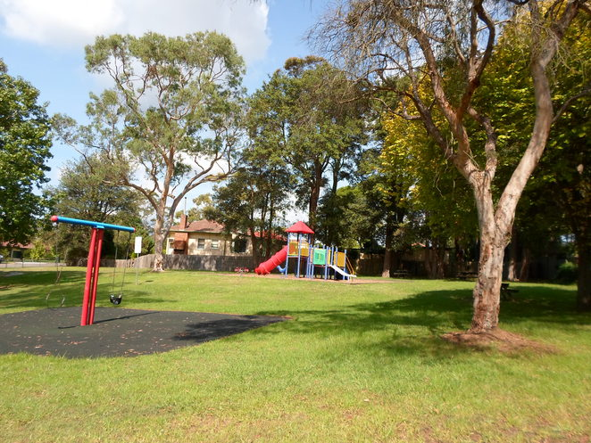 amor street park asquith hornsby playground