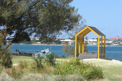 Bathing Box, Broadwater Parklands