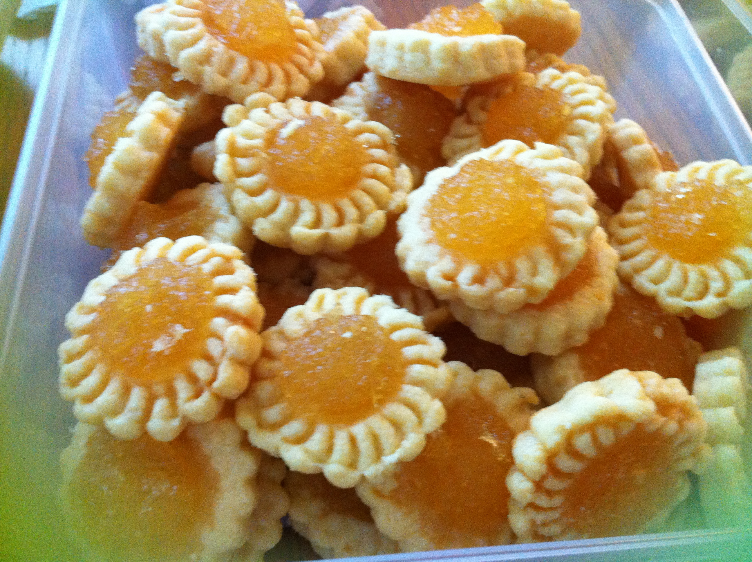 jam tart clove pineapple jam tart these tarts so carefully pineapple ...