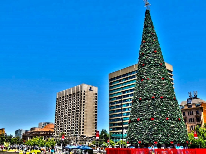 christmas fun in the square, christmas, victoria square, adelaide, free, fun for kids, food trucks, food, christmas tree