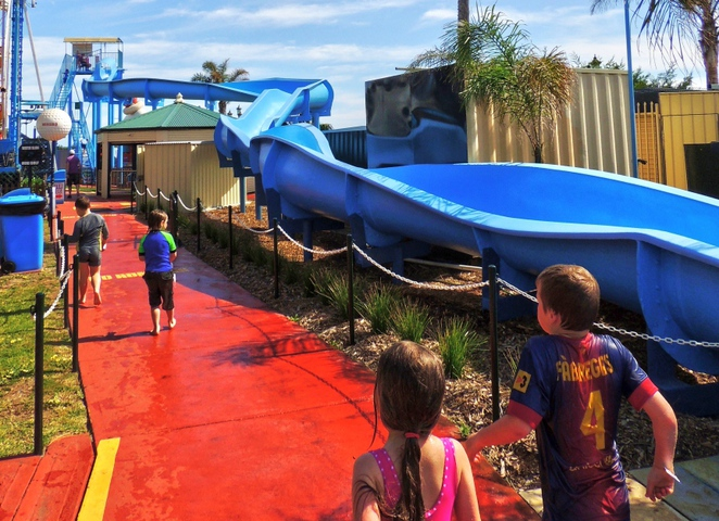 city slider, water slide, family entertainment, activities for kids, water sports, is bigger better
