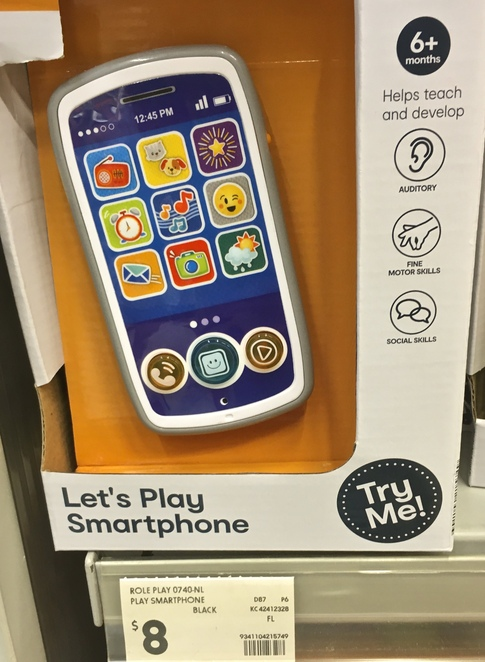 Let's play smart phone, cheap baby phone, cheap Christmas toys, budget Kris Kringle gifts for kids, cheap Christmas toys, image by Jade Jackson