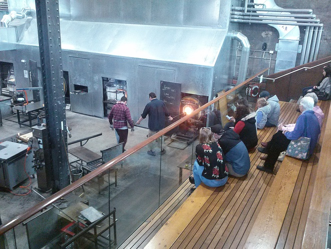 hot shop, canberra glassworks, ACT, tourist attractions, glass art, exhibitions, free entry, kingston foreshore,