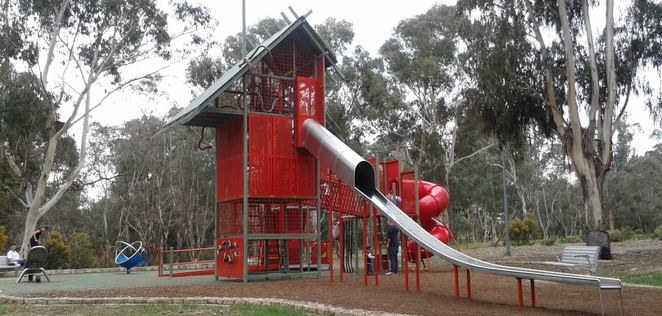 john knight memorial playground, belconnen, canberra, ACT, best playgrounds in belconnen, best, parks,