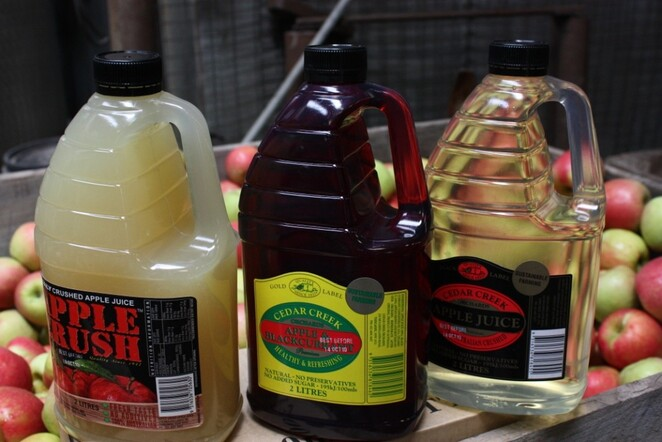 Liverpool Growers & Foodie Market at Chipping Norton Cedar Creek Orchard Cloudy Apple Juice