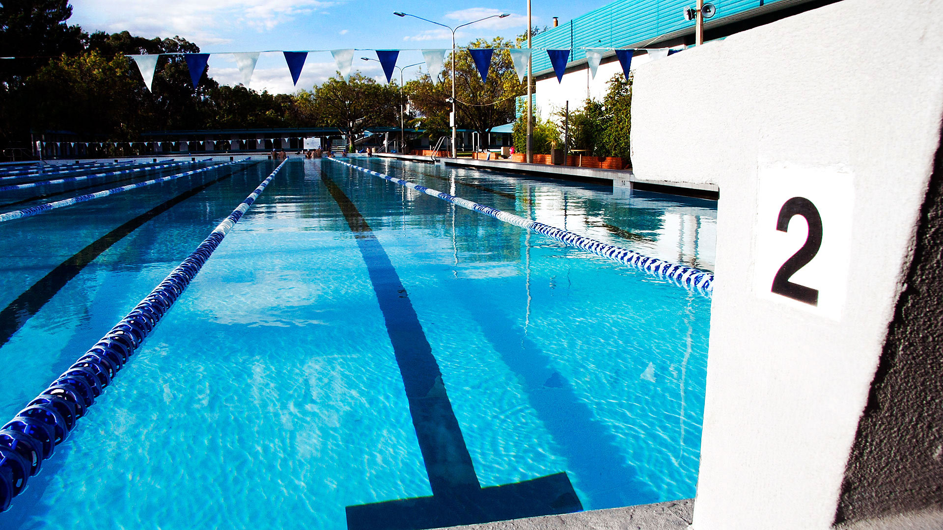 Canberra 39 s swimming pools canberra for Opening swimming pool after winter