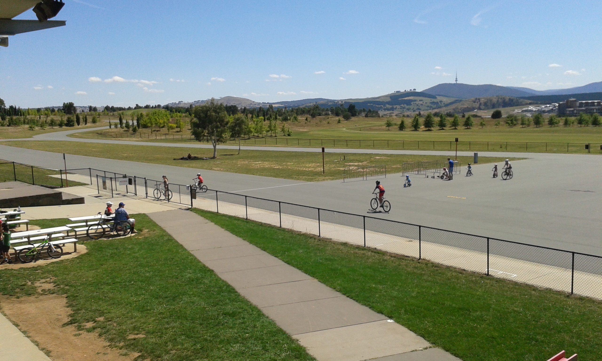 riding canberra