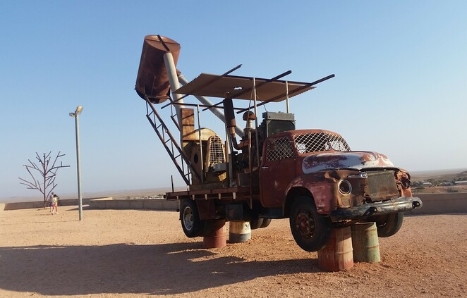 The Big Winch, Coober Pedy, opal, South Australia, outback