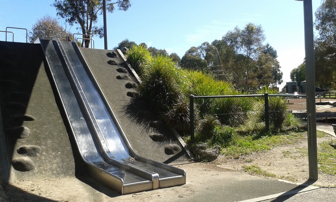 tidbinbilla nature discovery playground, playground at tidbinbilla,
