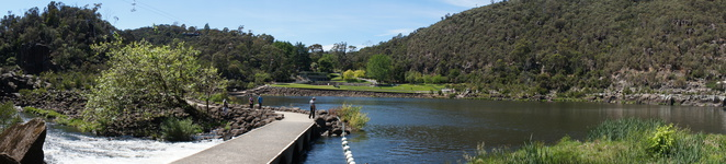 Cataract Gorge, nature, outdoors, hiking, Tasmania, Launceston, day trip, family swimming, photography