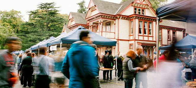 christchurch farmers market, riccarton accommodation, riccarton market