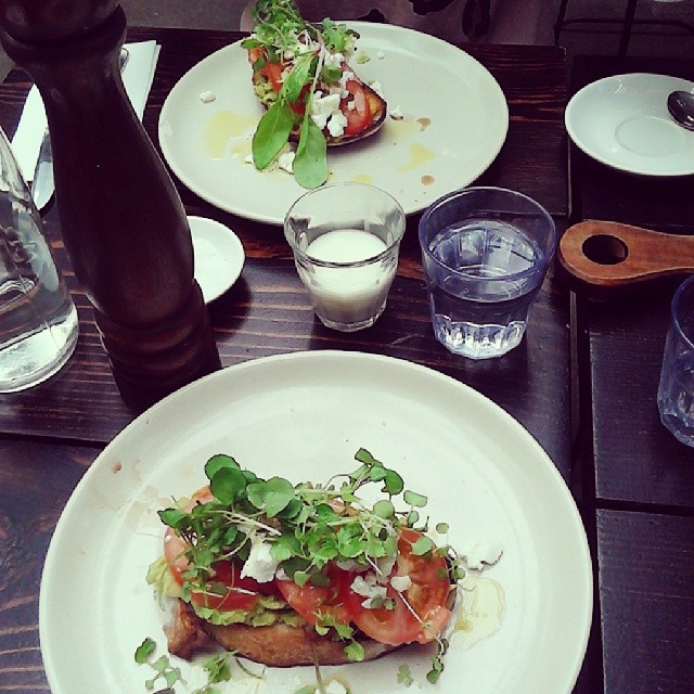coffee, barefoot barista, palm beach, food, avocado, breakfast, goats cheese