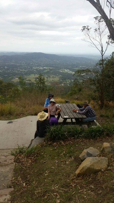 Lunch at Jolly's lookout