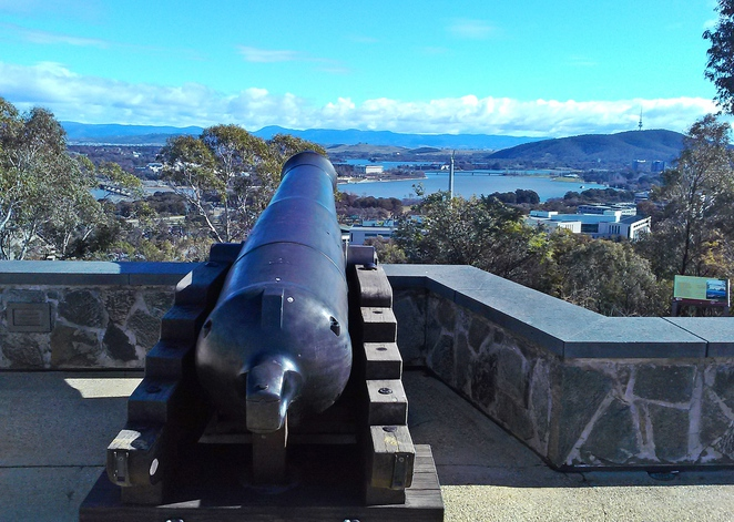 mount pleasant lookout, canberra, ACT, top things to do in Canberra, ACT, tourists, lookouts,