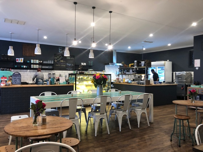Orchard Espresso, Roleystone Cafes, Cafes In Perth Hills, Child-friendly cafes Perth, child-friendly cafes Perth hills, child-friendly cafes Roleystone