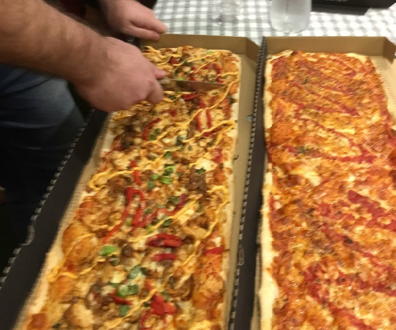 pizza, metre long, challenge, toppings, crust, yummy