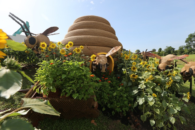 SGF 2016, gardens by the bay, Benny Bee, SGF mascot, the meadow