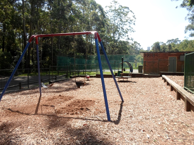 the glade reserve, the glade reserve wahroonga, the glade wahroonga, wahroonga park, wahroonga playground, ku-ring-gai family park