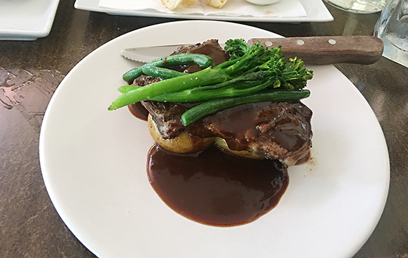 Valley View Restaurant, Henley Brook, 7 days a week dining, Feral Beers