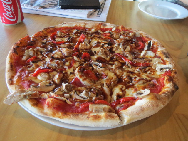 Basilico Cafe, Chicken BBQ Pizza, Adelaide